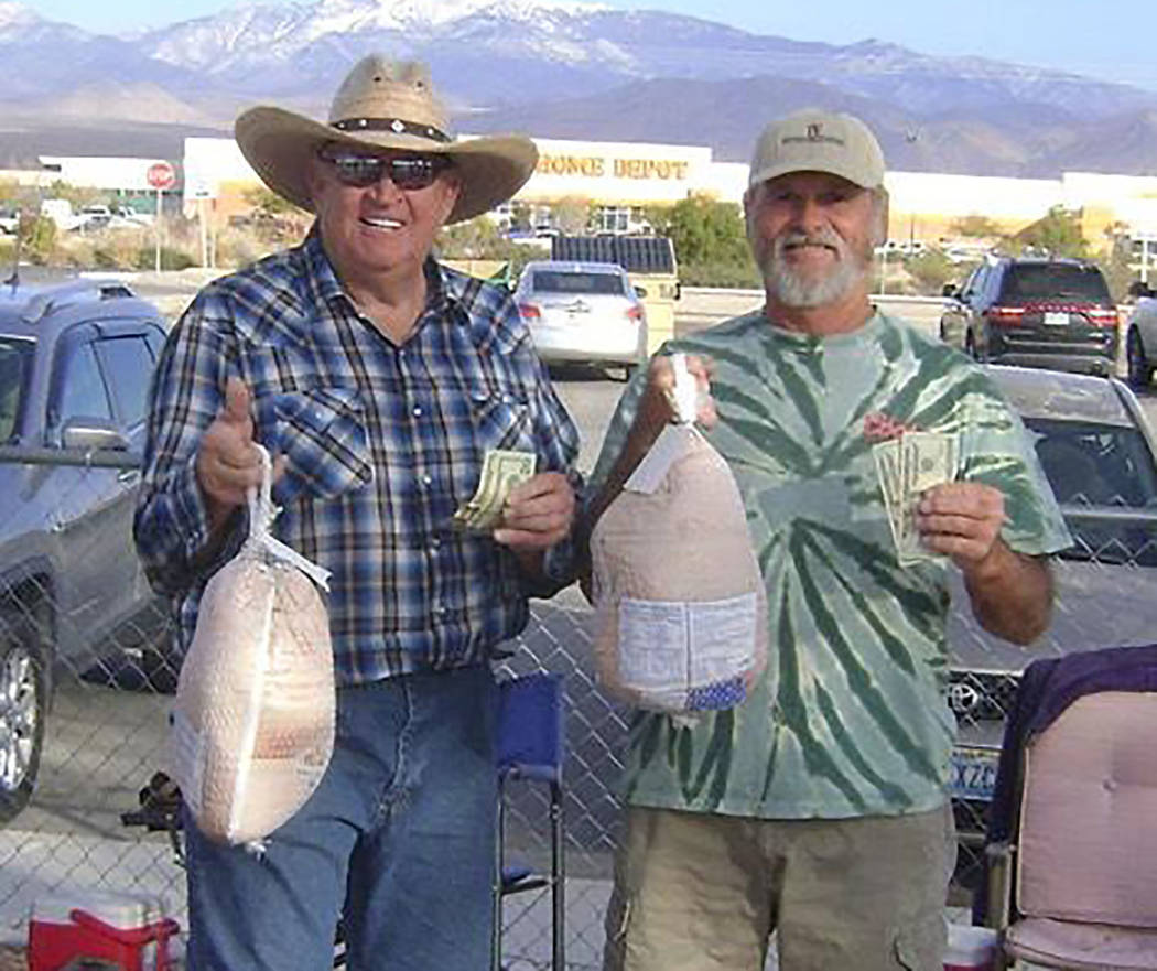 Special to the Pahrump Valley Times Dennis Andersen, left, and Mike Nicosia display the cash an ...