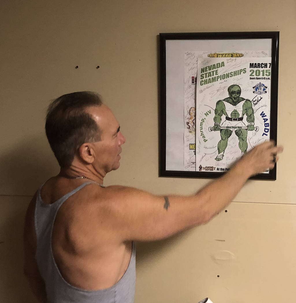 Tom Rysinski/Pahrump Valley Times Gary Miller shows off a sketch of an alien-themed trophy desi ...