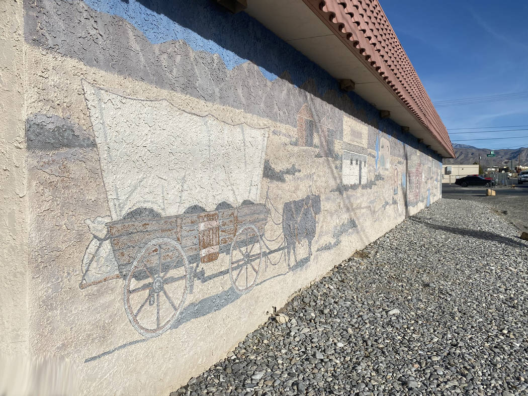 Jeffrey Meehan/Pahrump Valley Times A mural sits along the south wall of the Nye County School ...