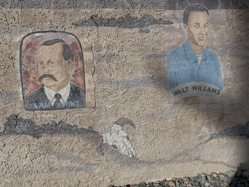 Jeffrey Meehan/Pahrump Valley Times A mural on the Nye County School District's Southern Offic ...
