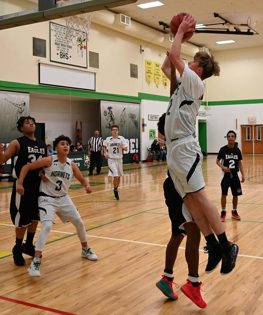 Richard Stephens/Special to the Pahrump Valley Times Darren Stephenson drives the baseline for ...
