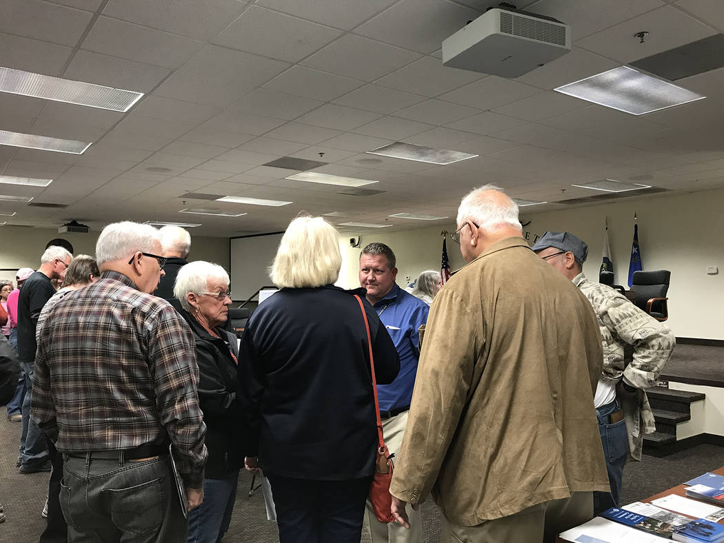 Robin Hebrock/Pahrump Valley Times Area residents are pictured speaking with Nye County Plannin ...
