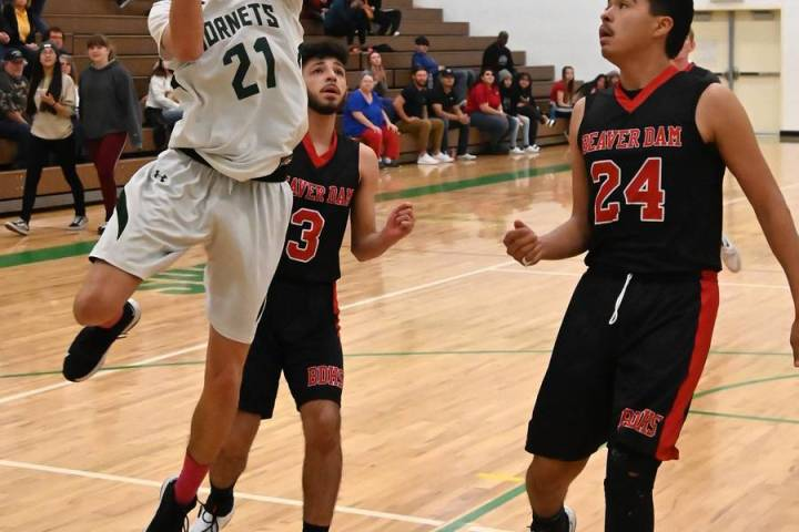 Richard Stephens/Special to the Pahrump Valley Times Beatty senior Jorge Leon drives to the bas ...