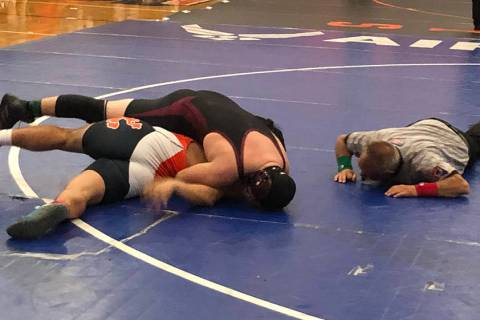 Tom Rysinski/Pahrump Valley Times Pahrump Valley junior Anthony Pearson closes in on a 35-secon ...