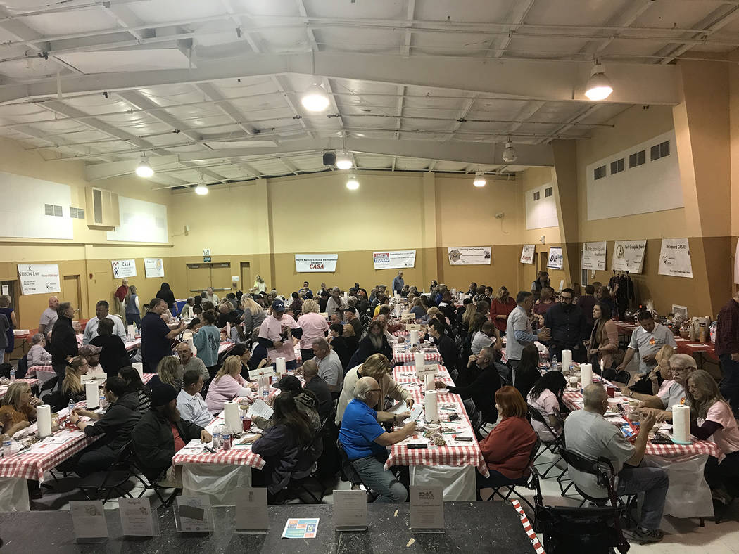 Robin Hebrock/Pahrump Valley Times A record number of attendees were out for the 9th Annual Cra ...