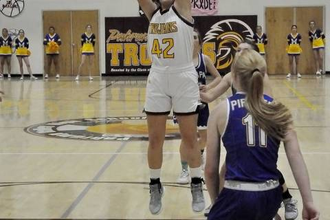 Horace Langford Jr./Pahrump Valley Times Pahrump Valley junior Kate Daffer goes up for 2 of her ...