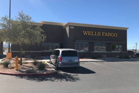 Jeffrey Meehan/Pahrump Valley Times Wells Fargo Bank at 520 S. Highway 160 on Oct. 20, 2017. Th ...