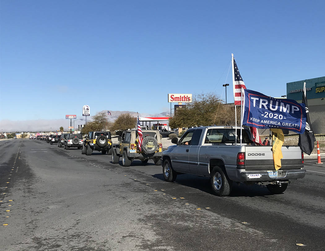 Robin Hebrock/Pahrump Valley Times A long line of vehicles stretched down Highway 160 in Pahrum ...