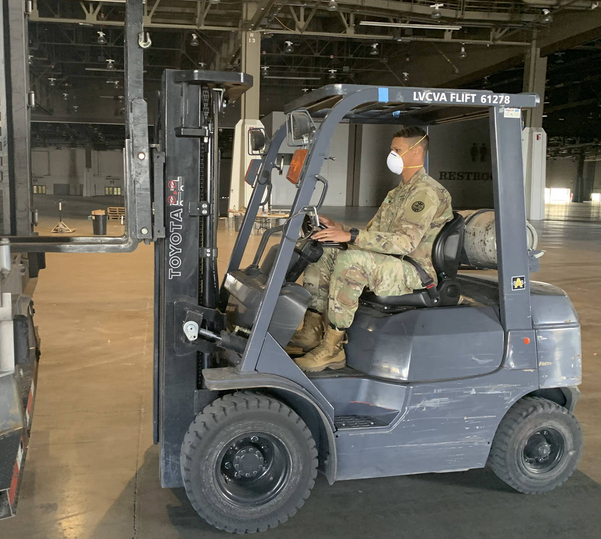 Sgt. Ryan Getsie/Nevada Army Guard Soldiers with the 1-221 Cavalry process shipments of medica ...