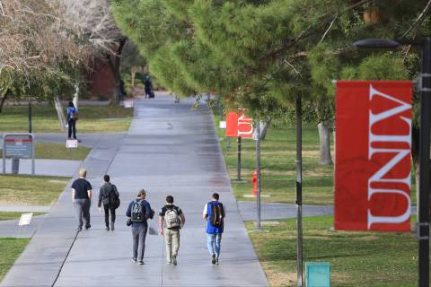 (Las Vegas Review-Journal/File UNLV is planning to offer all lecture courses of 75 or more stud ...