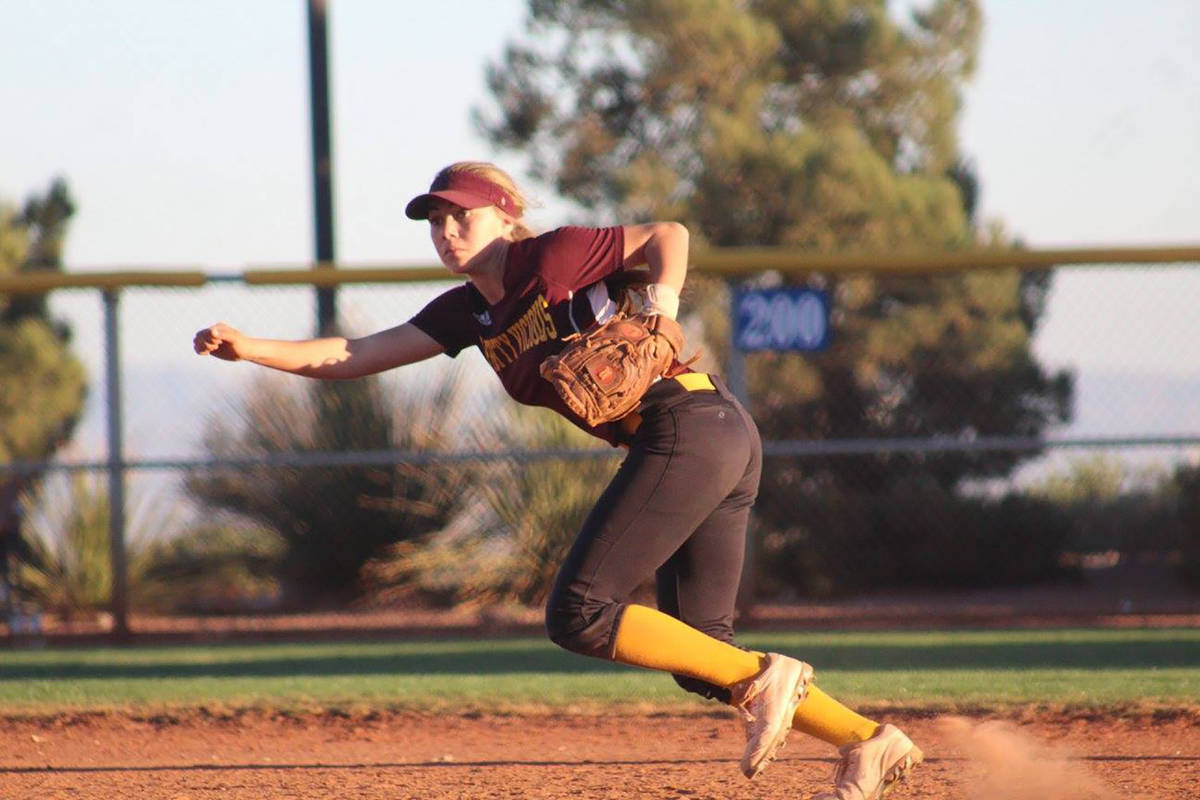 Cassondra Lauver/Special to the Pahrump Valley Times Skyler Lauver moves to make a play on the ...