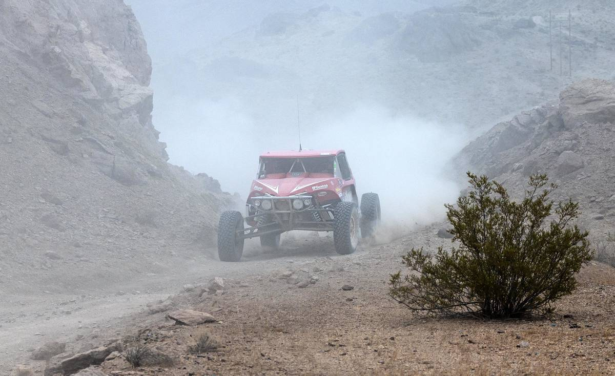 Richard Stephens/Special to the Pahrump Valley Times Racers glide along the desert floor, on a ...