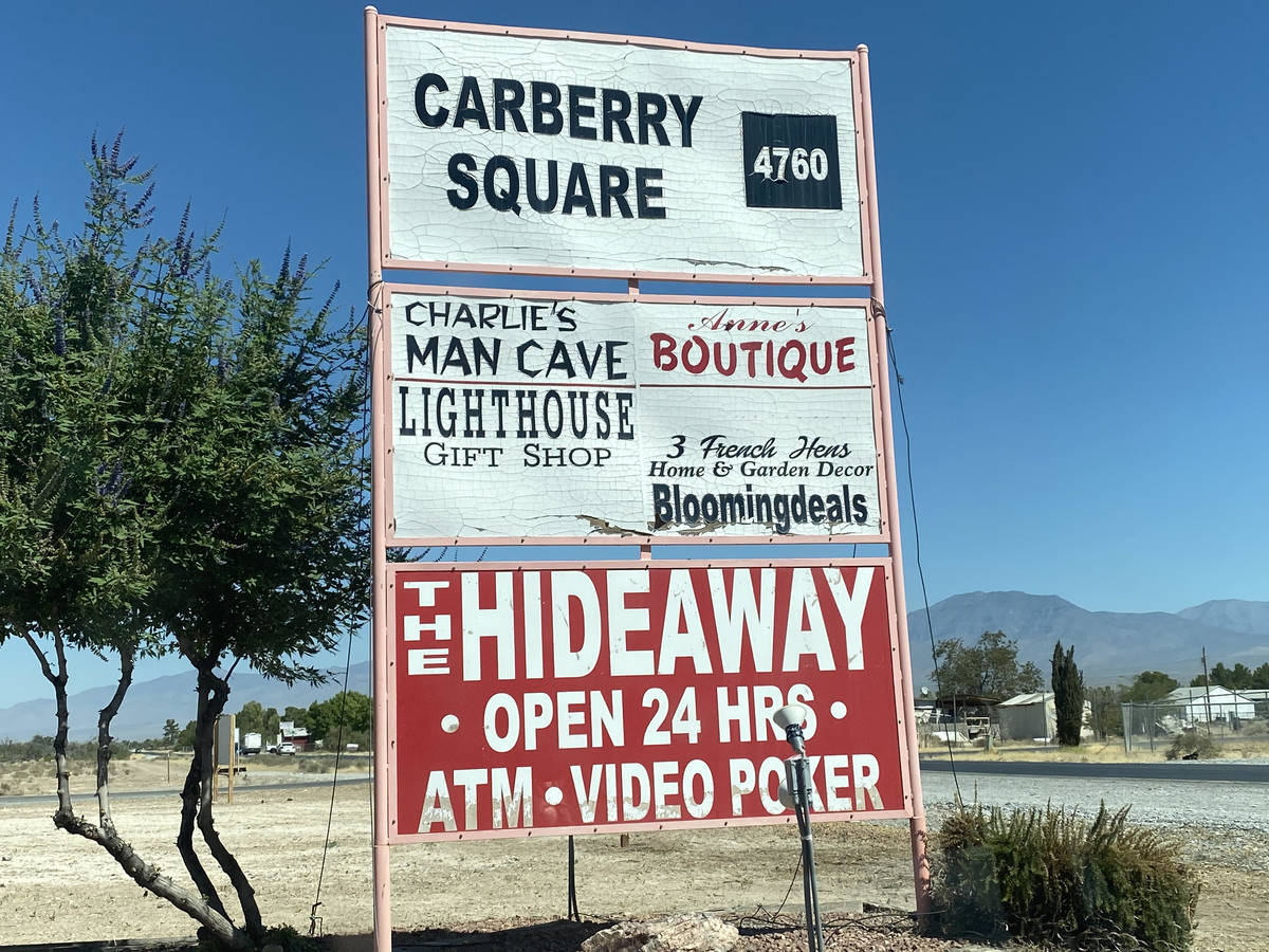 Jeffrey Meehan/Pahrump Valley Times Bar owners in Pahrump flocked to the Nye County Commission ...