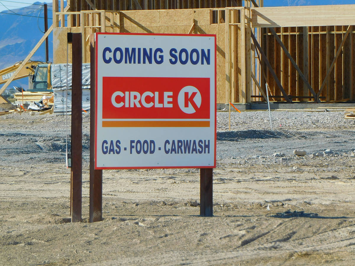 Robin Hebrock/Pahrump Valley Times A new gas station is currently under construction at the ver ...