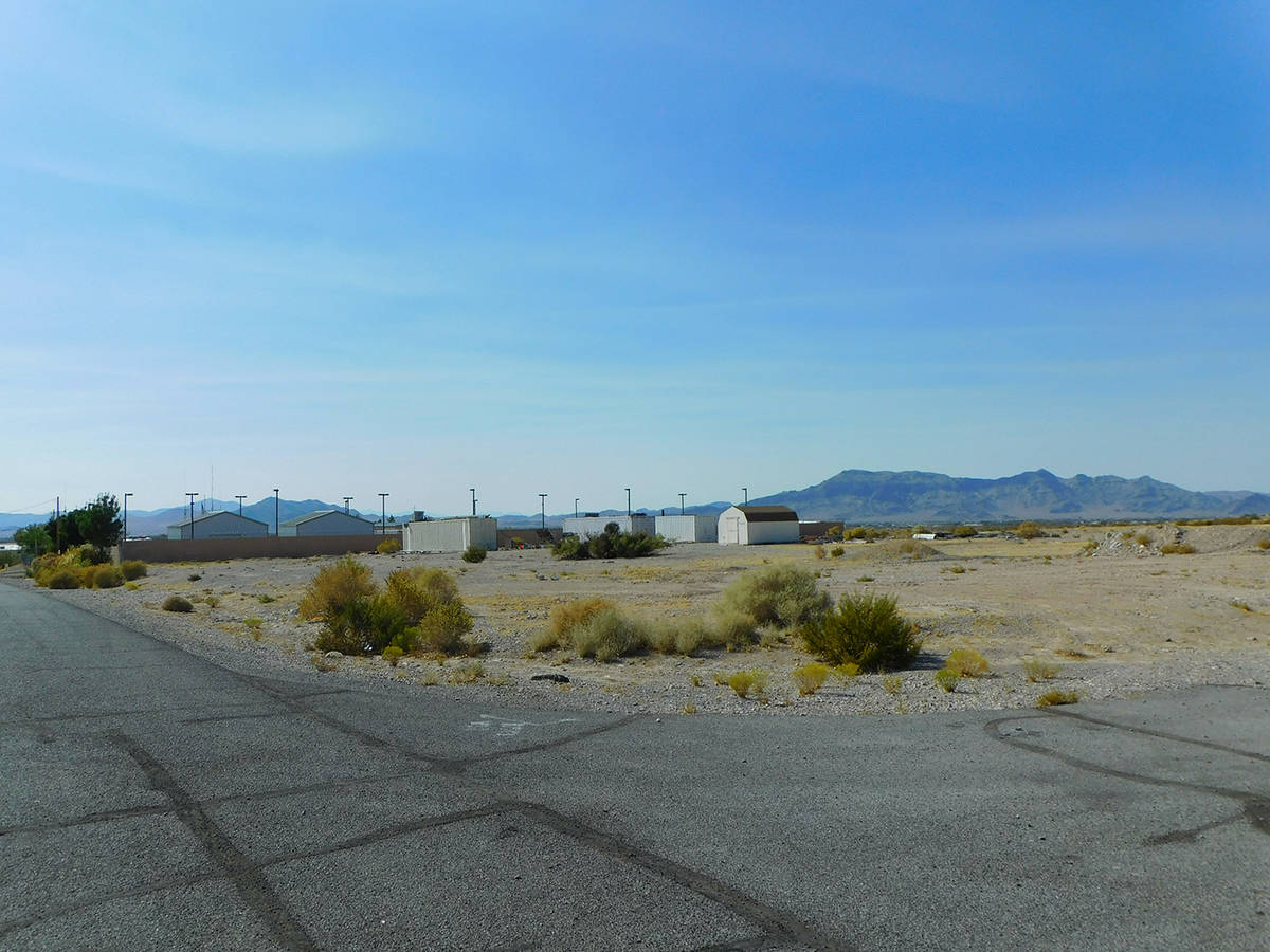 Robin Hebrock/Pahrump Valley Times This photo shows the land on which the new animal shelter wi ...