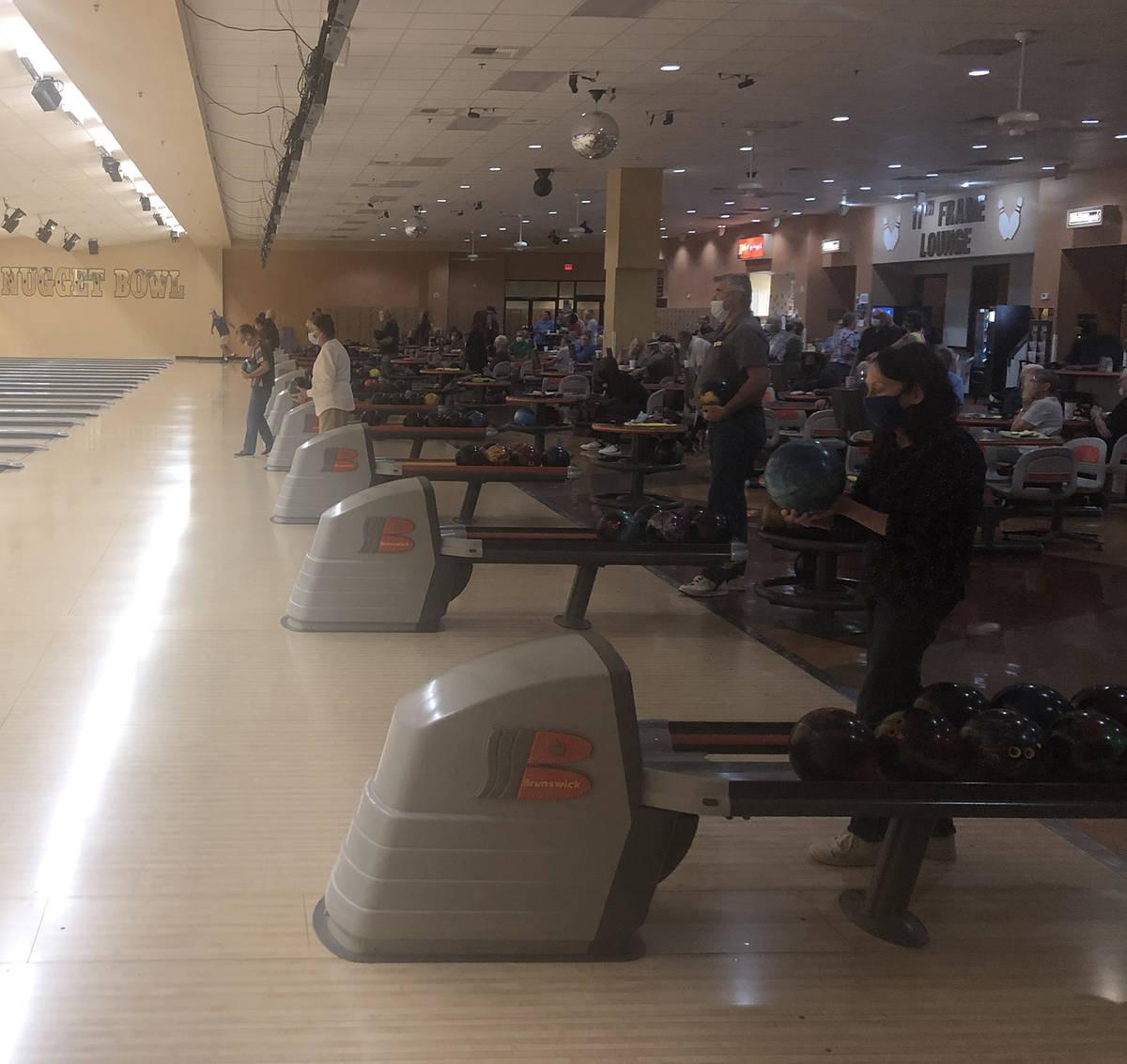 Tom Rysinski/Pahrump Valley Times The Pahrump Valley Tournament Bowling Club's Saturday event d ...