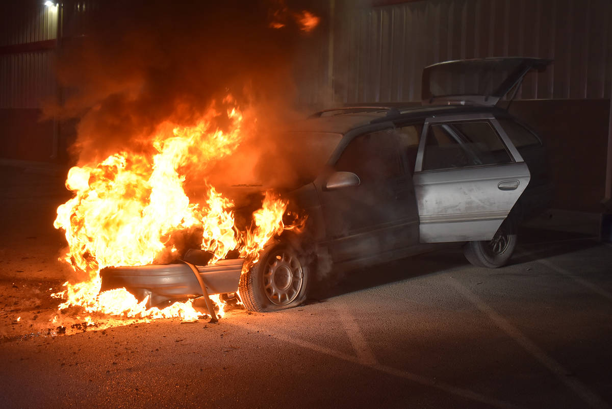 Selwyn Harris/Pahrump Valley Times Fire crews were dispatched to a vehicle fire in the parking ...