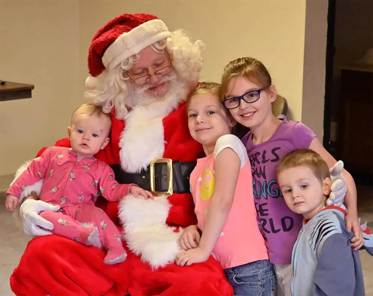 Special to the Pahrump Valley Times Area children can have a photo taken with Santa Claus on No ...