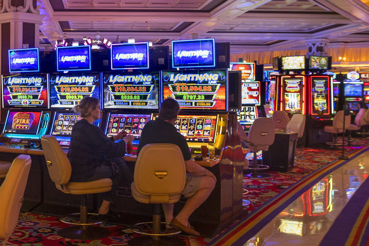 Regulator gives guidance to casinos for capacity restrictions | Pahrump  Valley Times