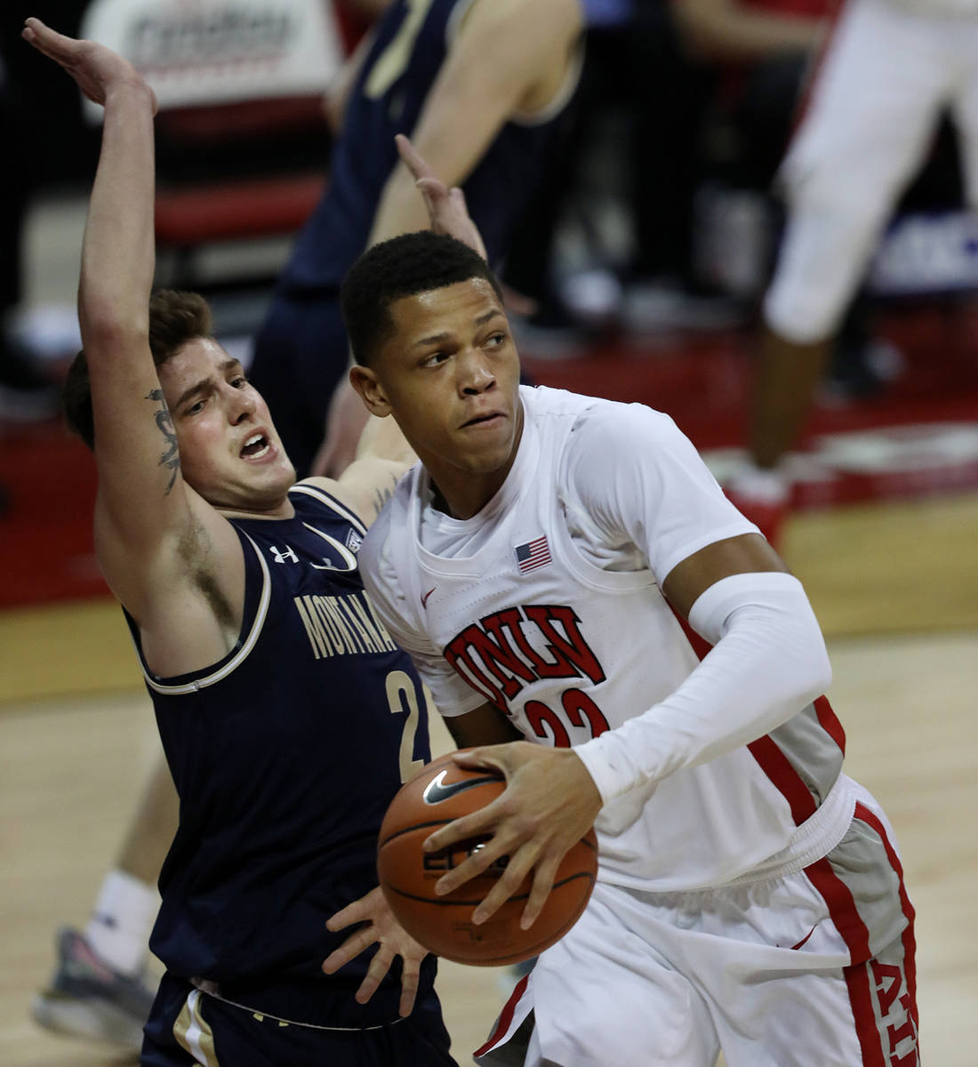 Elizabeth Page Brumley/Special to the Pahrump Valley Times UNLV guard Nicquel Blake is pressure ...