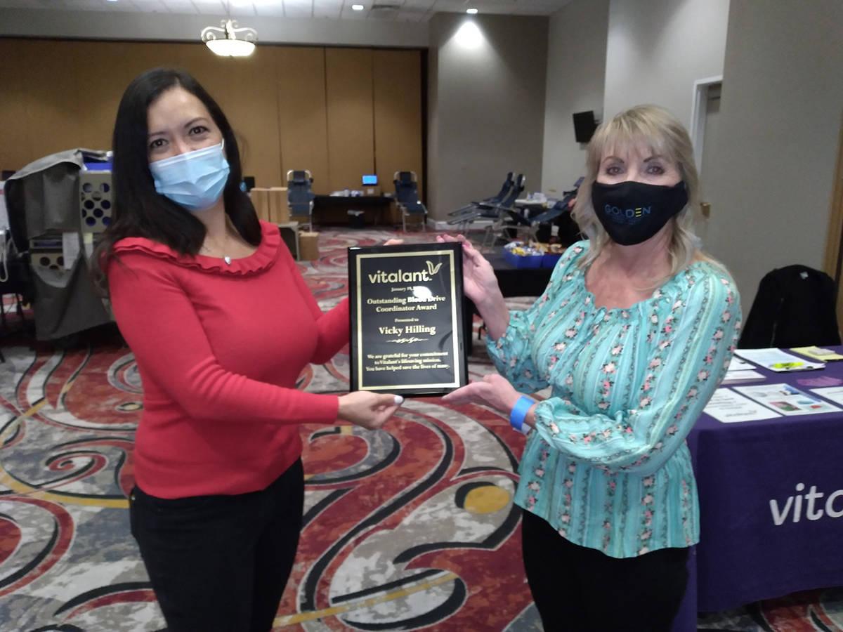 Selwyn Harris/Pahrump Valley Times Vitalant Sr. Donor Recruiter Representative Nancy Dewey, at ...