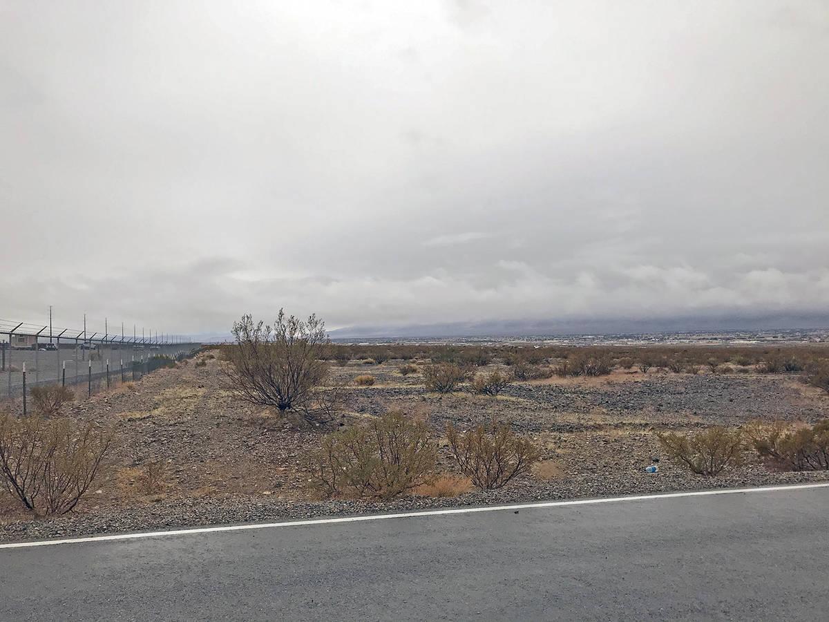 14744163_web1_Shooting-Range-land.jpg