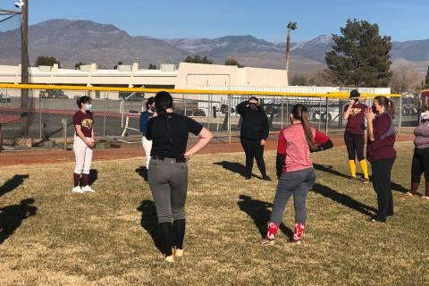 Tom Rysinski/Pahrump Valley Times PVHS softball coach Cassondra Lauver talks to her players bef ...