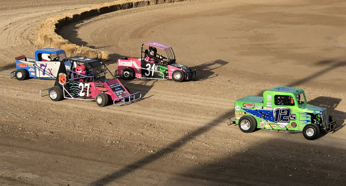 Tom Rysinski/Pahrump Valley Times A driver veers toward the infield during a race Nov. 21 at P ...