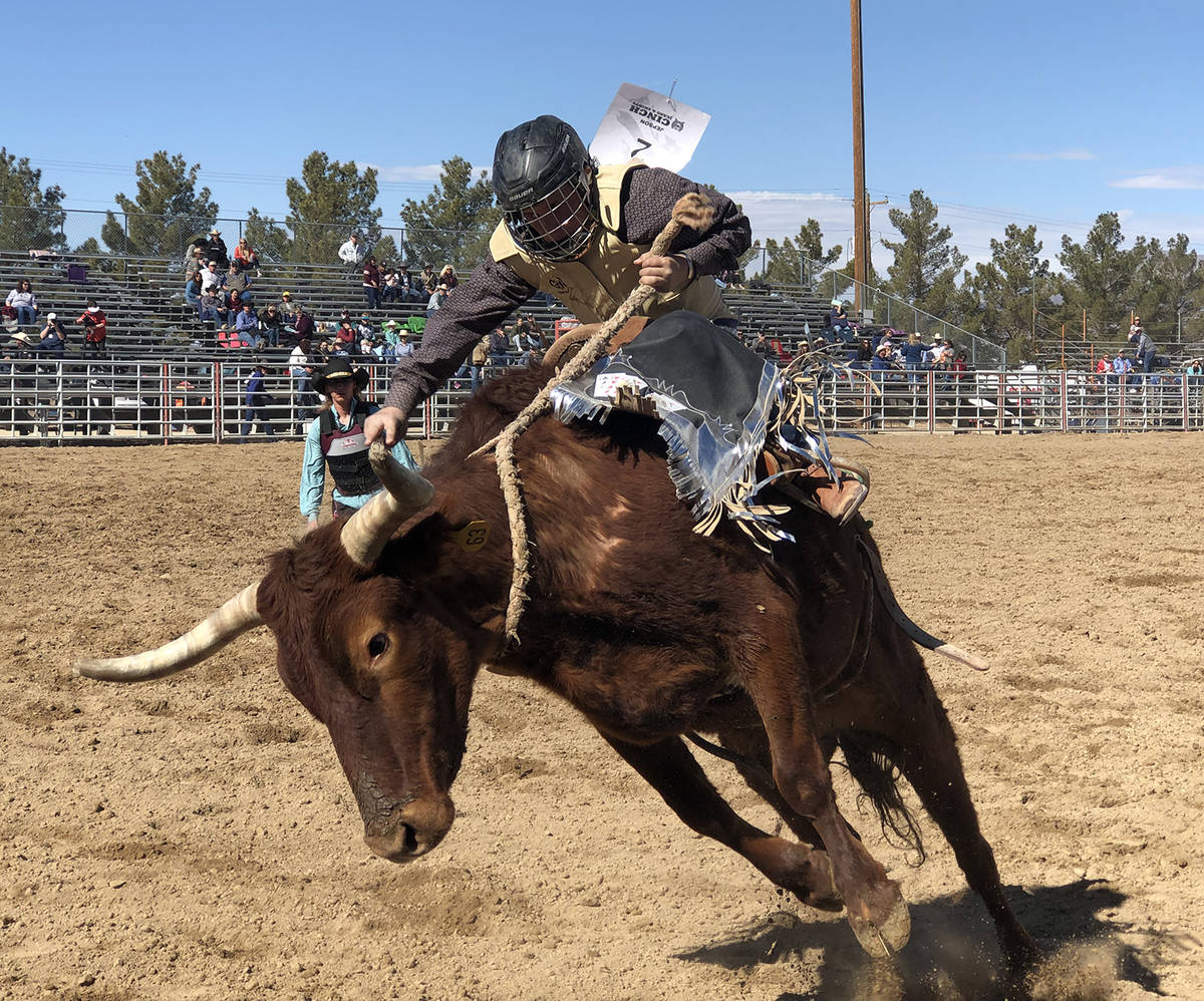 Tom Rysinski/Pahrump Valley Times Jace Jepson nears the end of his effort in junior high saddle ...