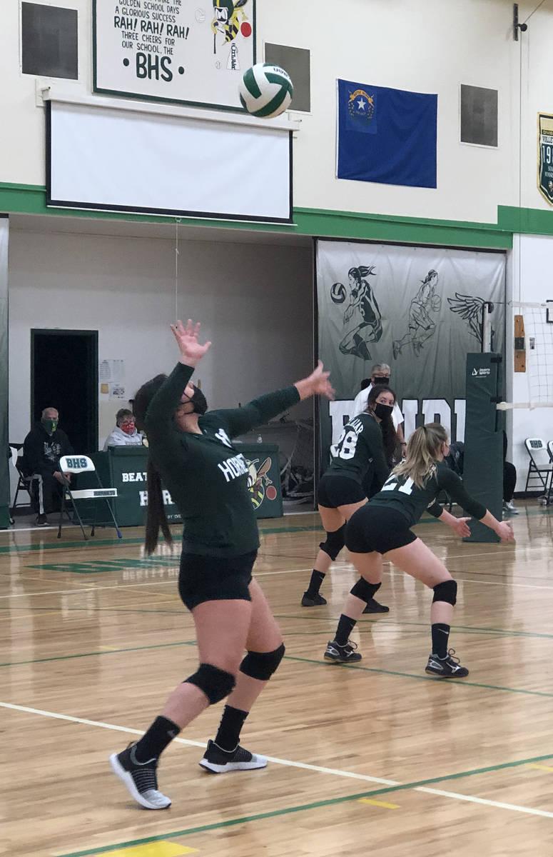 Tom Rysinski/Pahrump Valley Times Beatty High School senior Marlene Damian serves against Green ...