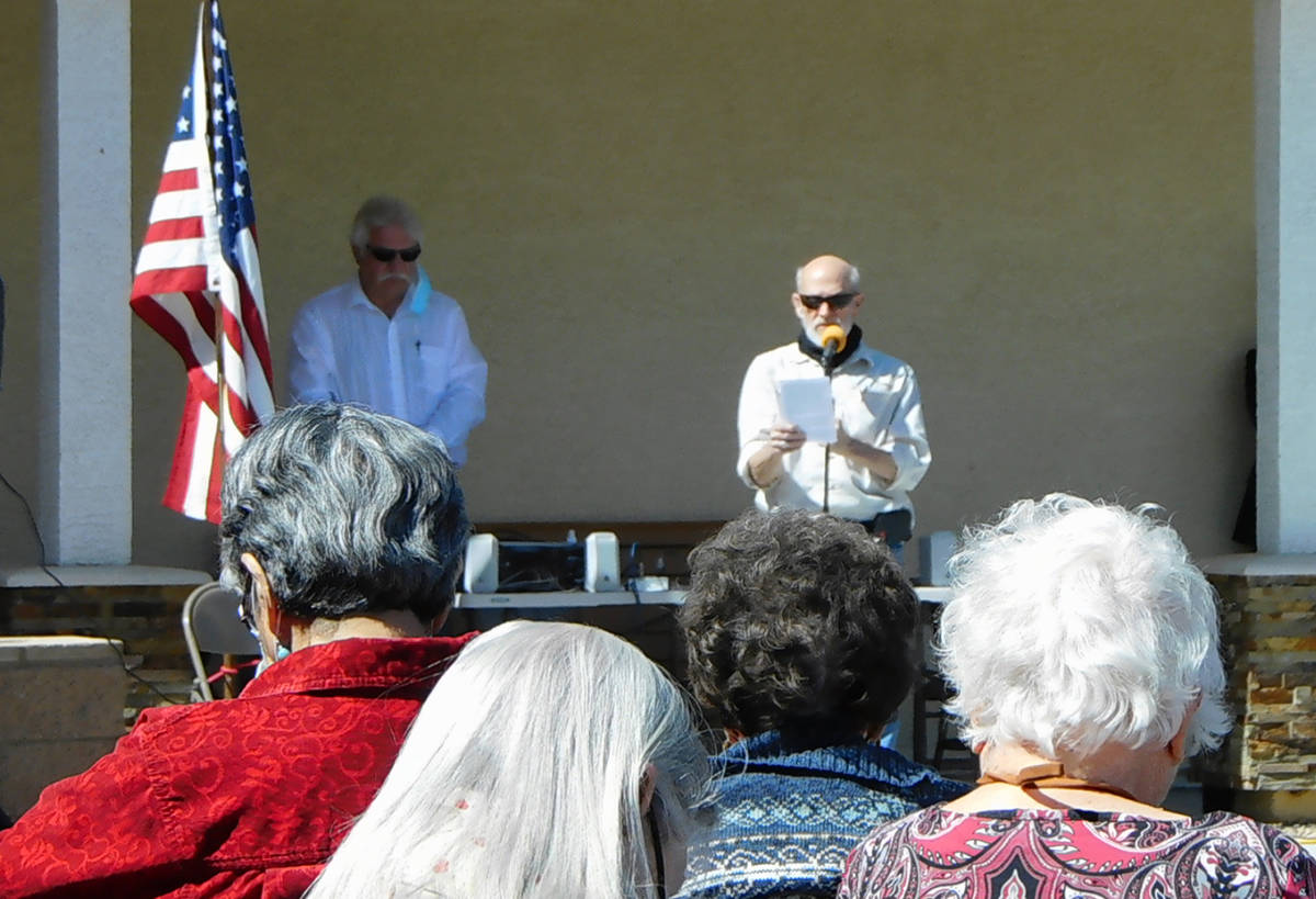 Robin Hebrock/Pahrump Valley Times Pastor Neal Owen of New Hope Fellowship Church speaks at the ...