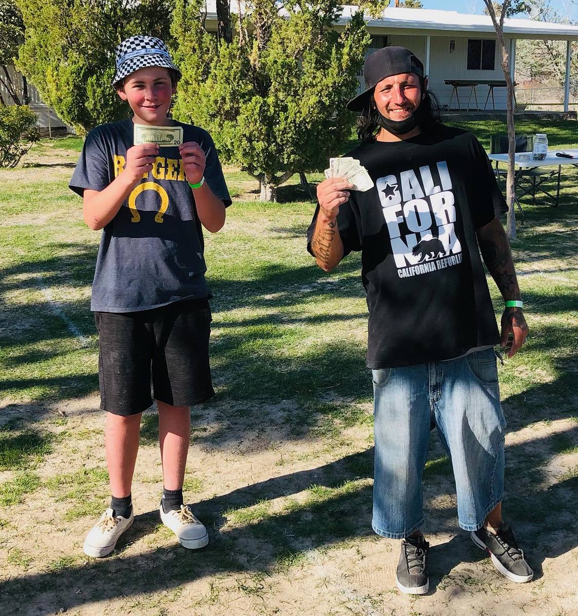 Lathan Dilger/Special to the Pahrump Valley Times Third-place finishers Vance Dilger, left, and ...