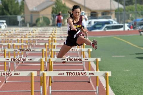 Horace Langford Jr./Pahrump Valley Times Pahrump Valley High School freshman Rebecca McElroy cl ...