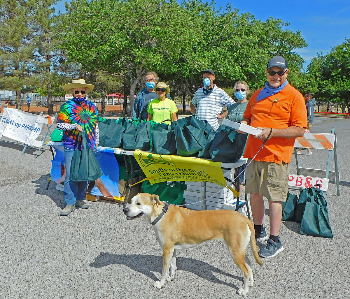 Robin Hebrock/Pahrump Valley Times Earth and Arbor Day Grab-and-Go event volunteers pose for a ...