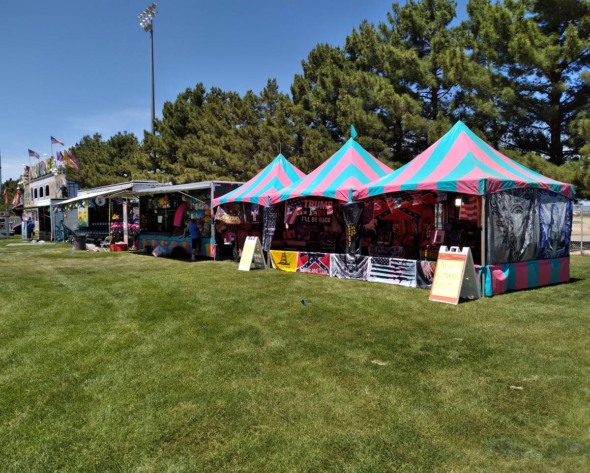 Selwyn Harris/Pahrump Valley Times More than two-dozen vendors took part in this year's balloon ...