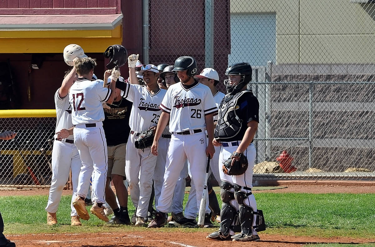 Horace Langford Jr./Pahrump Valley Times Pahrump Valley High School baseball players greet Kyle ...