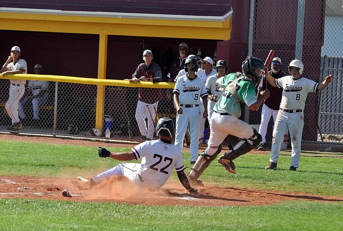 Horace Langford Jr./Pahrump Valley Times Junior Zack Cuellar scores as the ball gets past Virgi ...