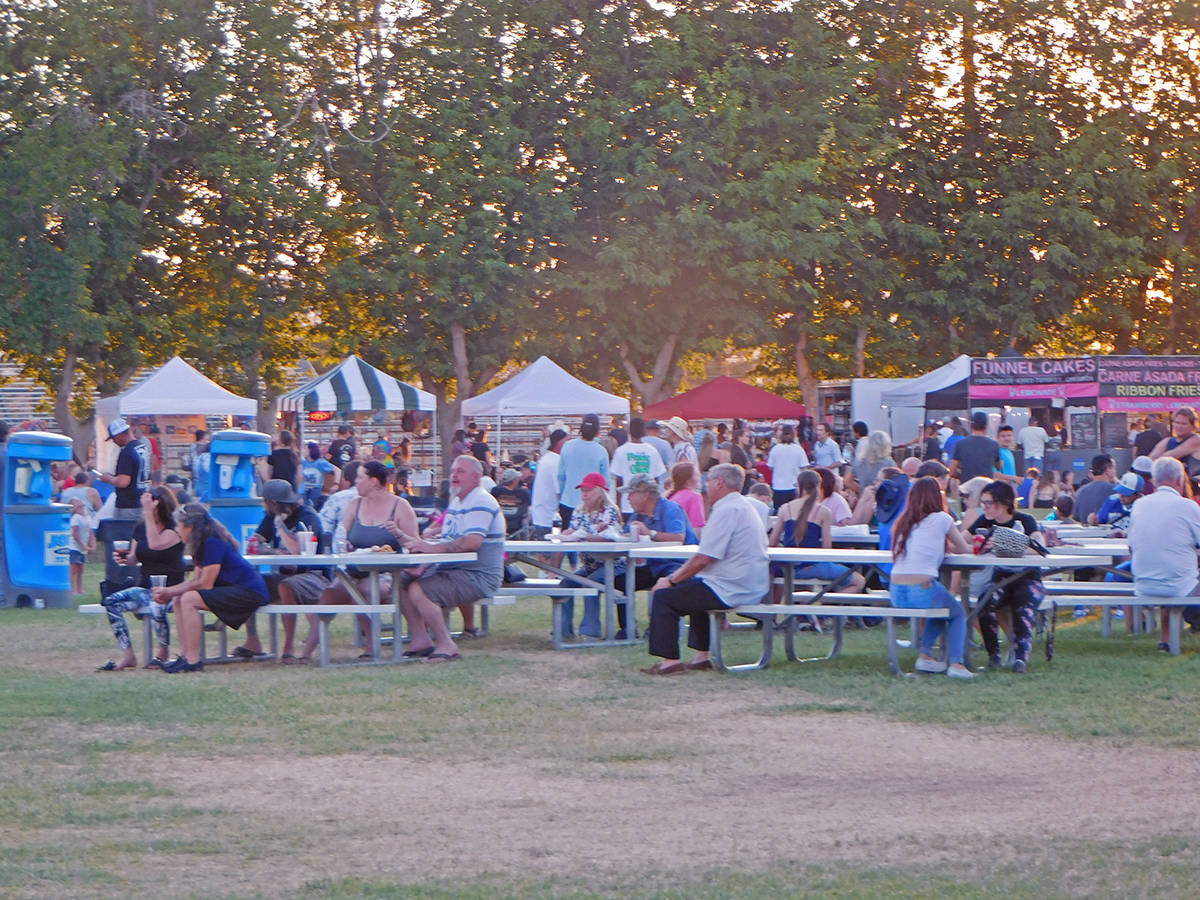 Robin Hebrock/Pahrump Valley Times Plenty of seating was set out at Petrack Park and Pahrump Mu ...