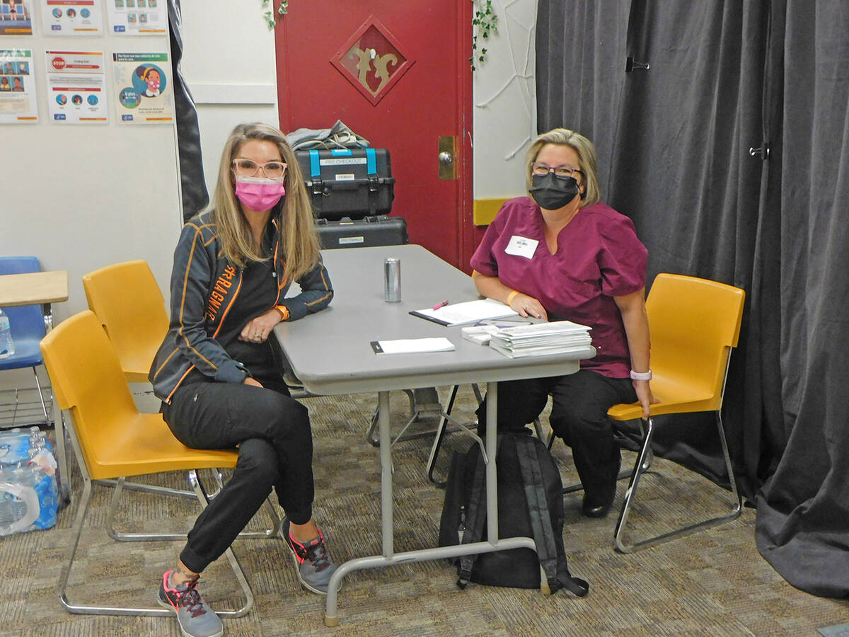 Robin Hebrock/Pahrump Valley Times Family Nurse Practitioner Sherry Cipollini and Remote Area M ...