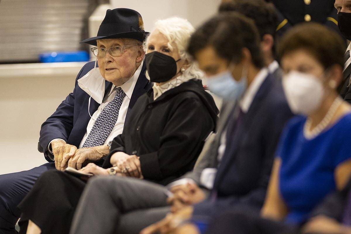 Former Nevada Senator Harry Reid, far left, attends a ceremony to honor the memory of Nevada Ar ...